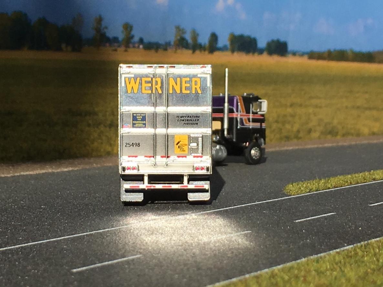 Freightliner chłodnia Werner 005.jpg