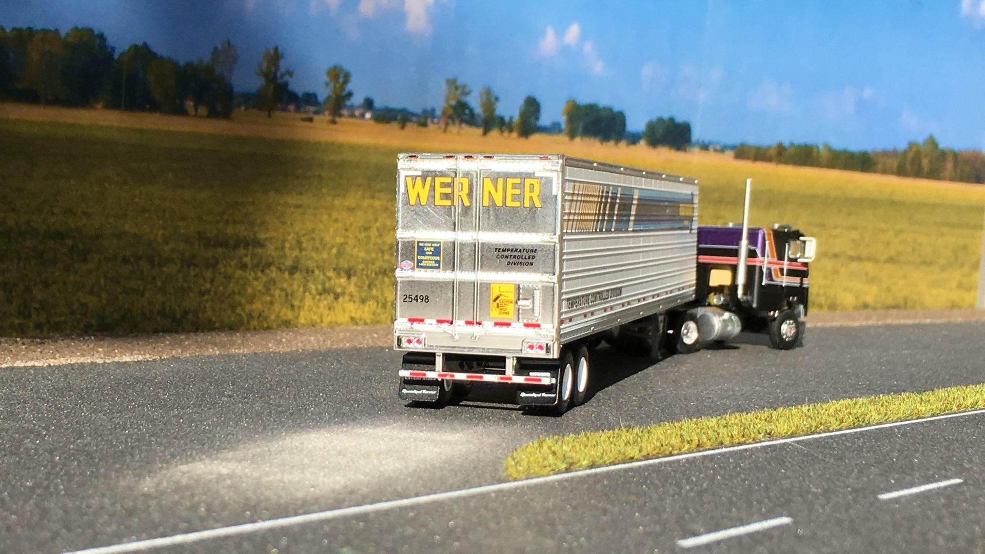 Freightliner chłodnia Werner 006.jpg