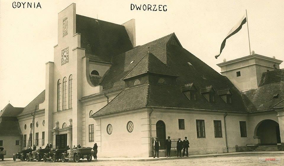 Gdynia PKP lata 20 XX w -2.jpg