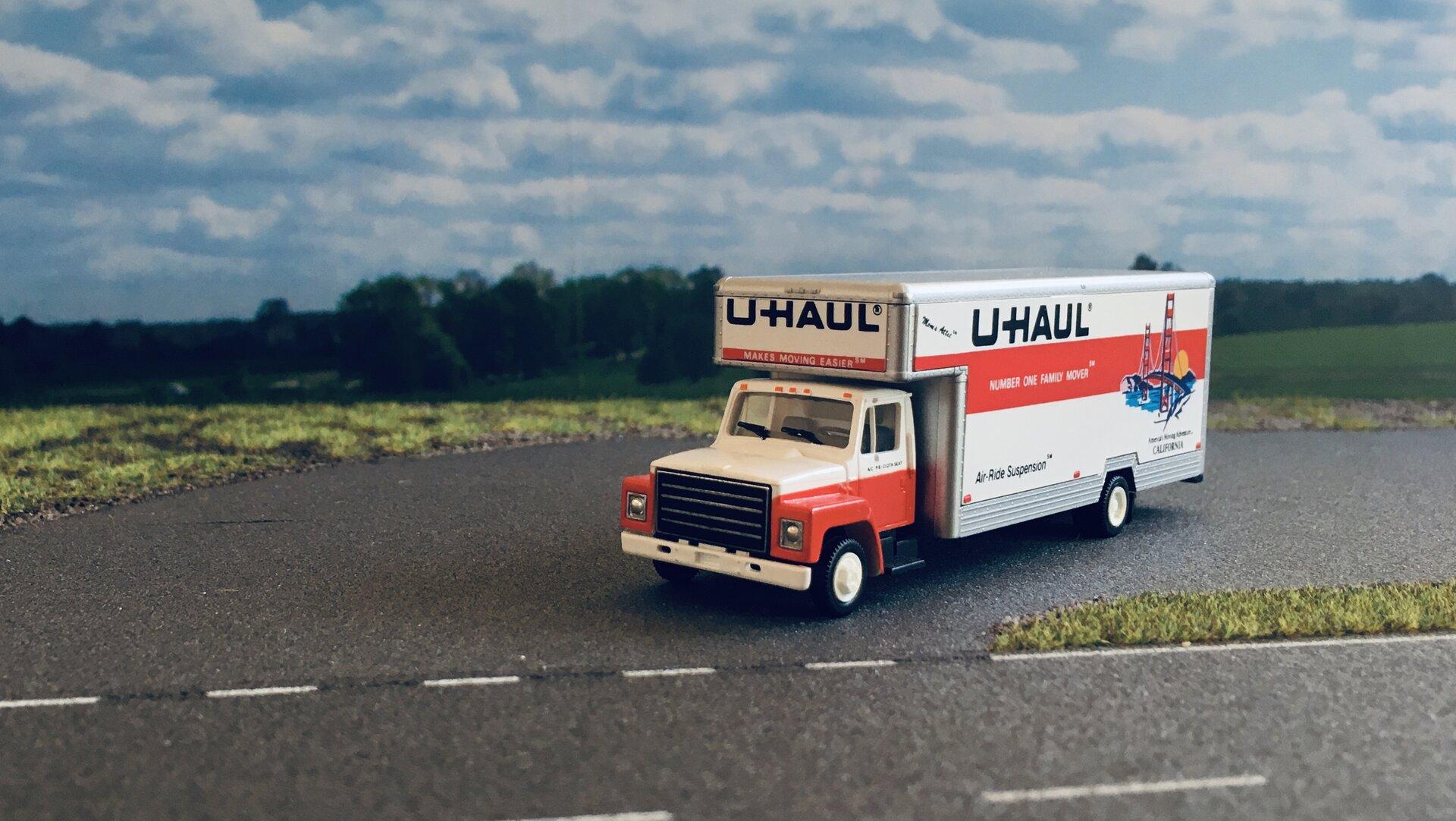 GMC U-Haul 002.jpg