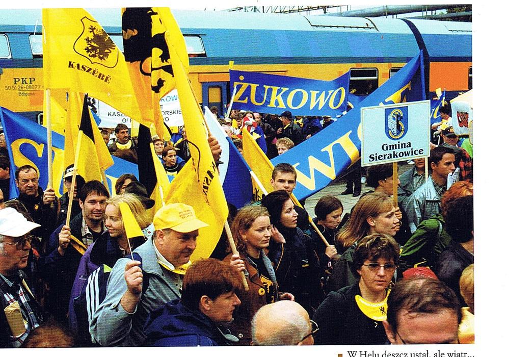 II zjazd kaszubów 1 VII 2000 -3.jpg
