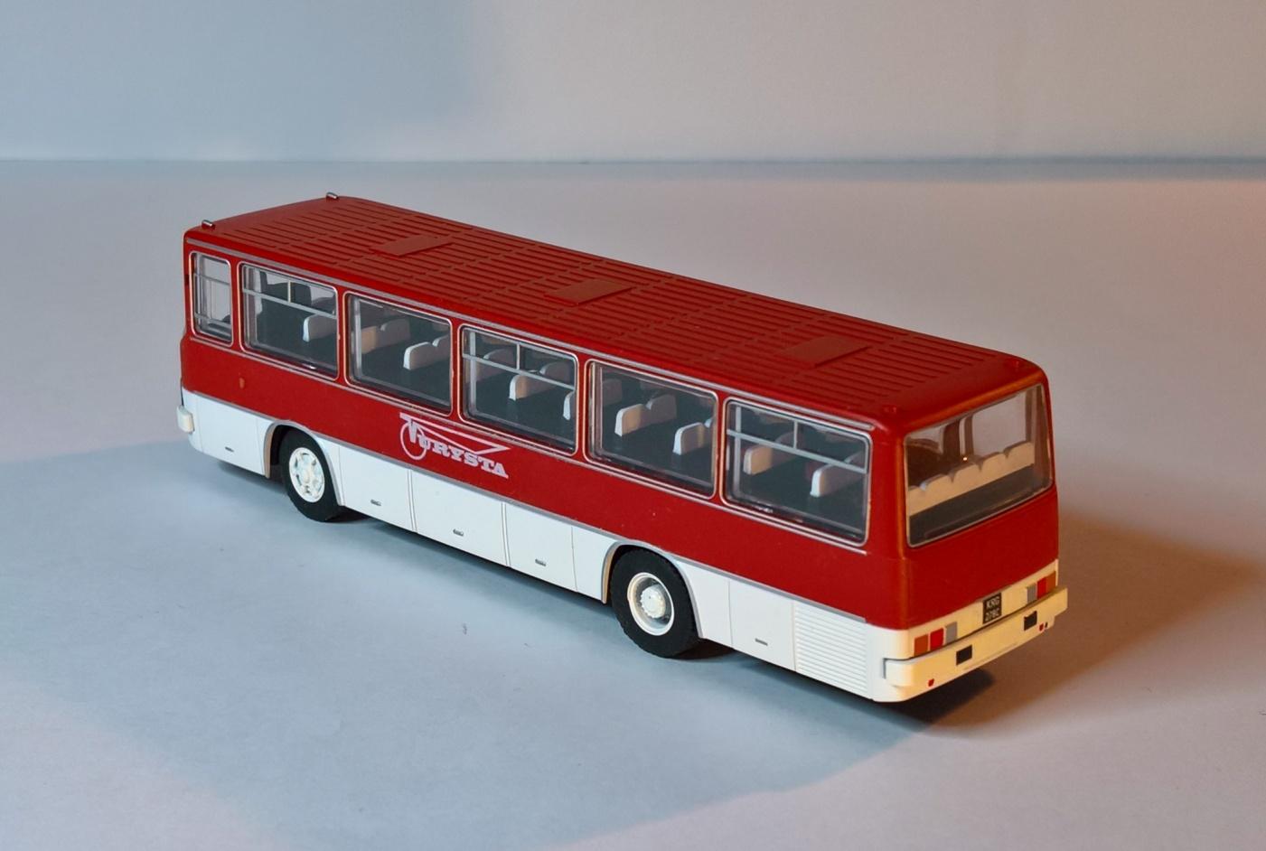 Ikarus 255 - 5.jpg