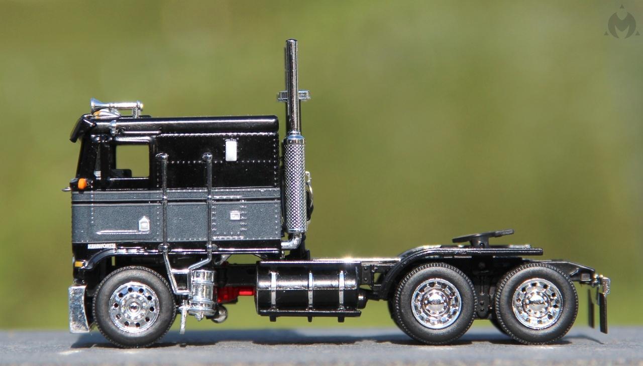 Kenworth-K100-Flat-21.JPG