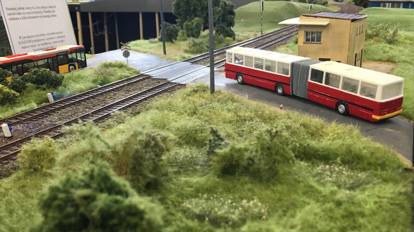 Kolej Warszawa Bielany 002.jpg