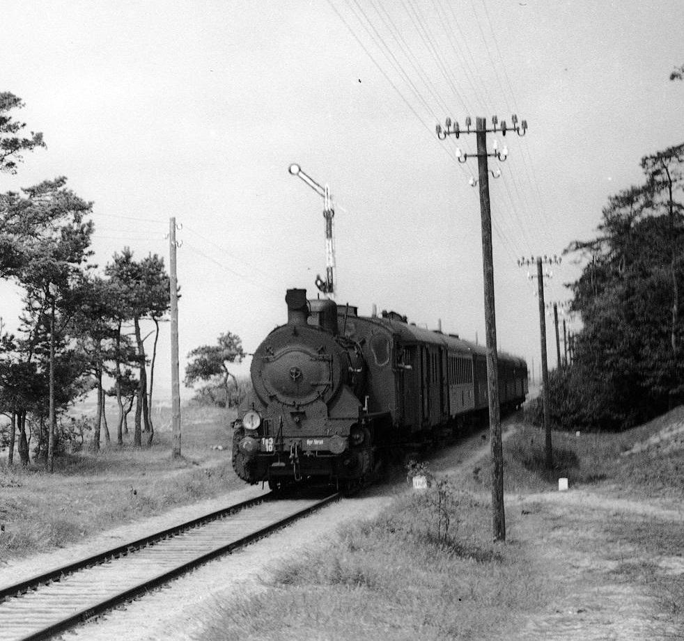 Kuźnica przed stacją lata 30 -1.jpg