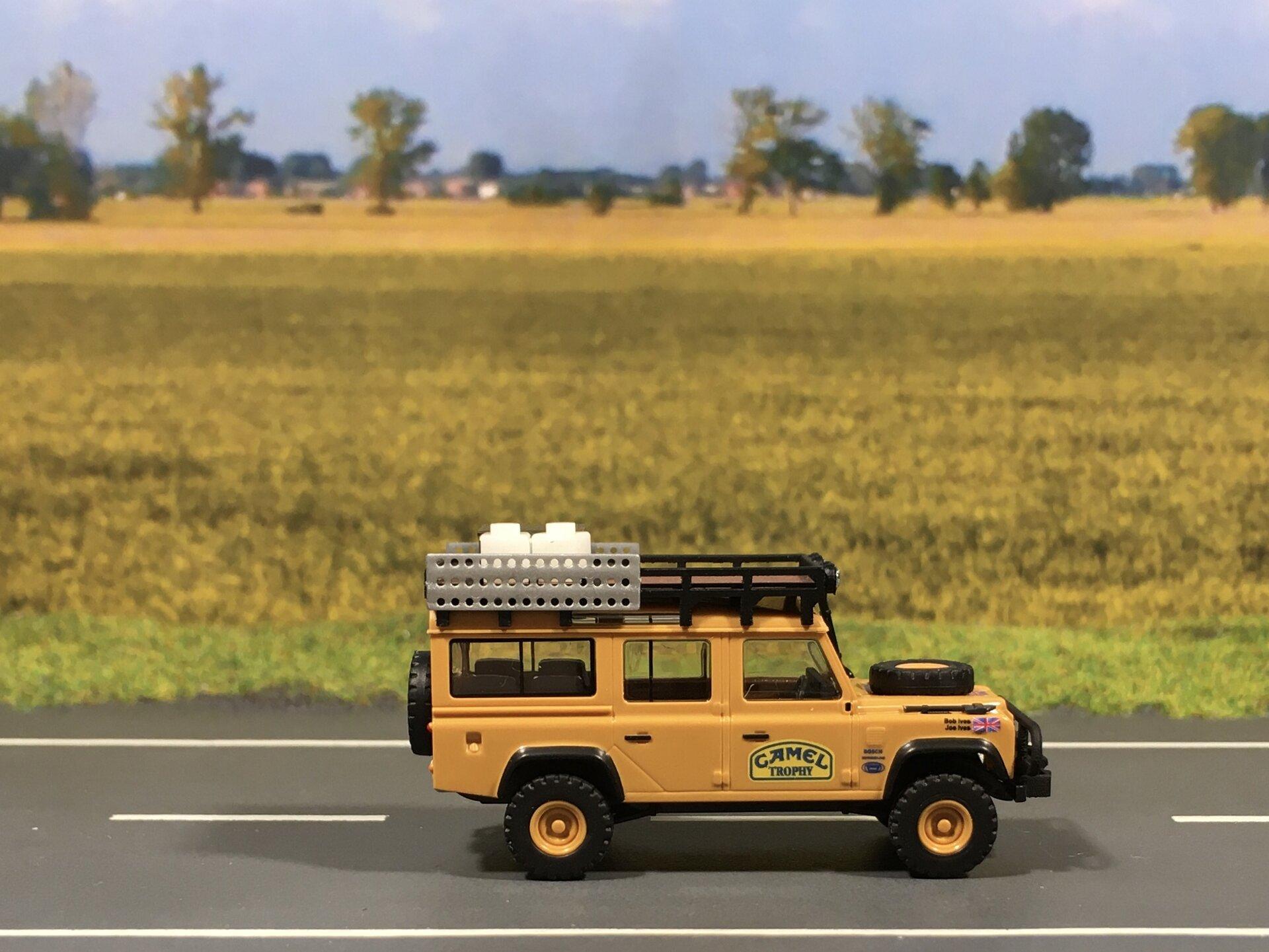 Land Rover Camel 001.jpg