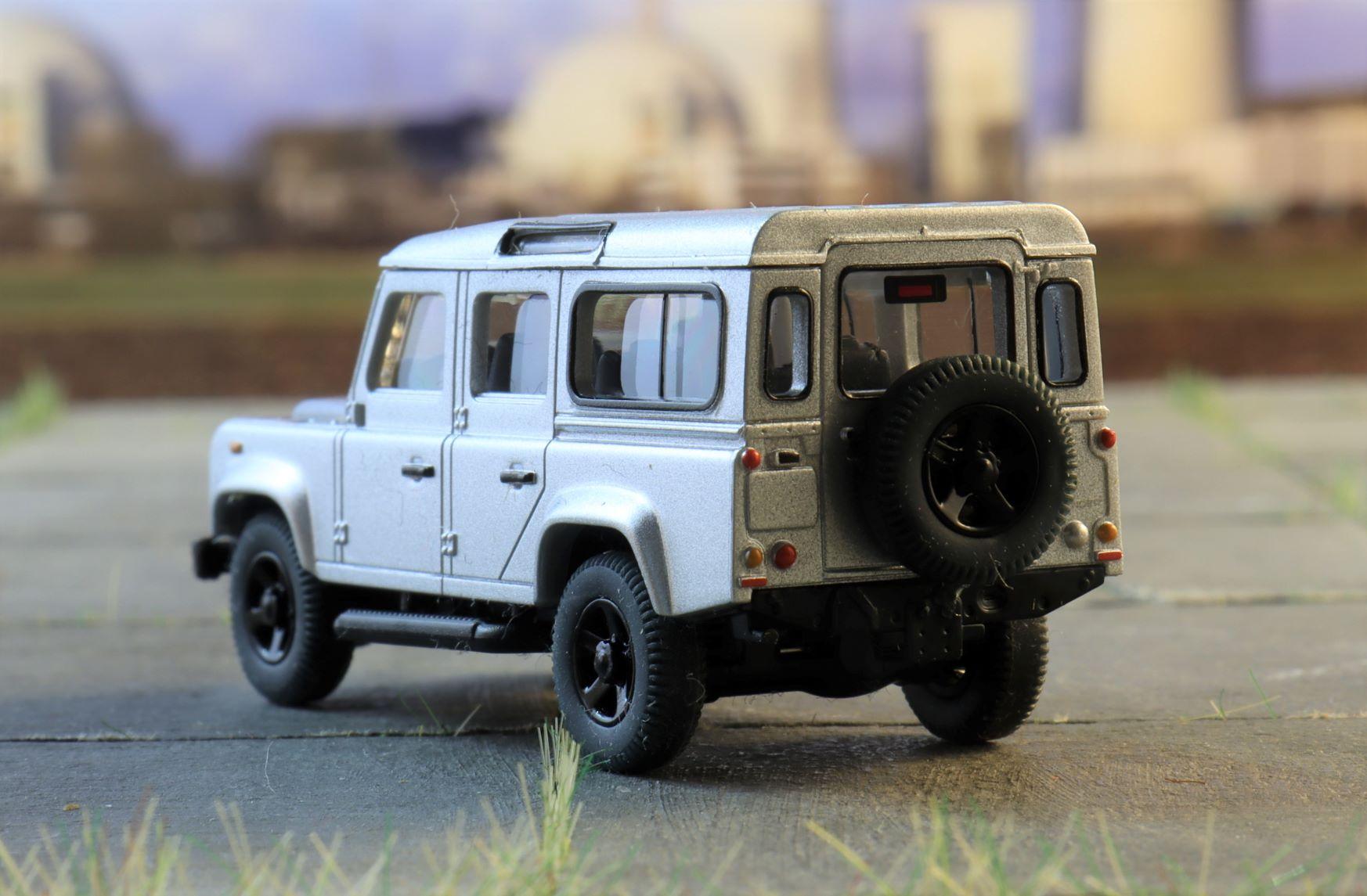 Land rover Defender Wiking 2.JPG