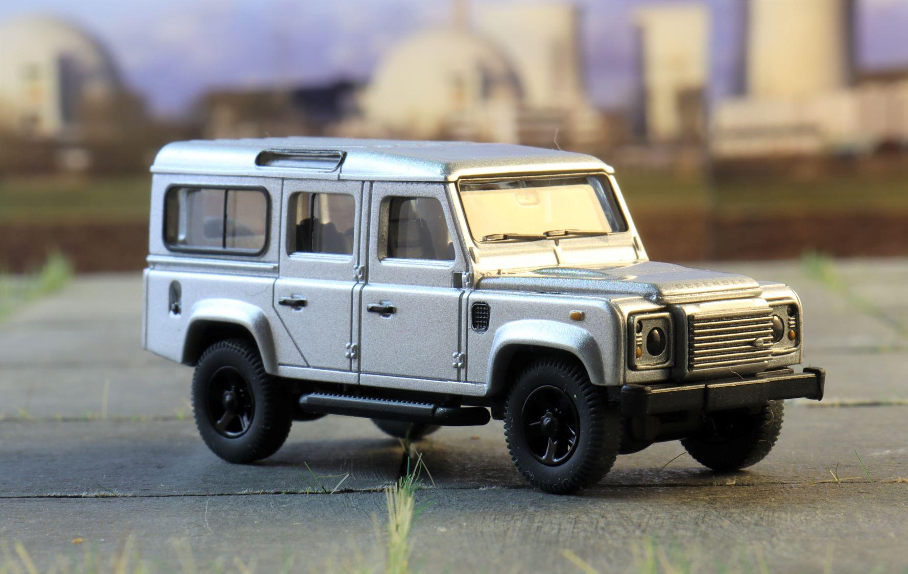 Land rover Defender Wiking 3.JPG