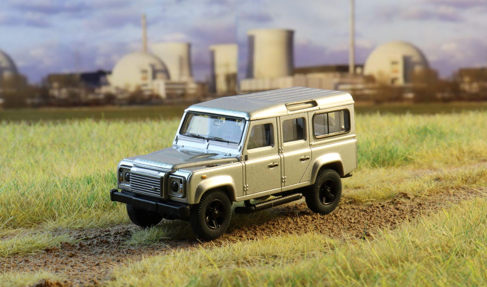 Land rover Defender Wiking .JPG