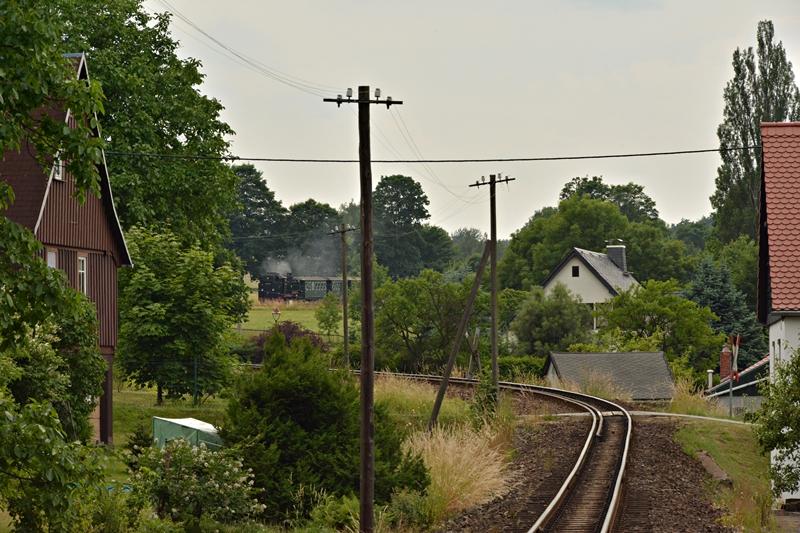 Linia widziana z przystanku Jonsdorf Haltestelle.JPG