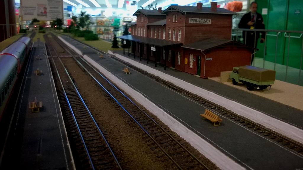 Mareczki dworzec.jpg