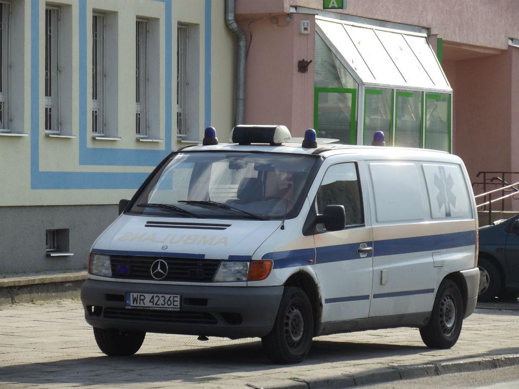 MB Vito I - transportowka psychiatryka.JPG