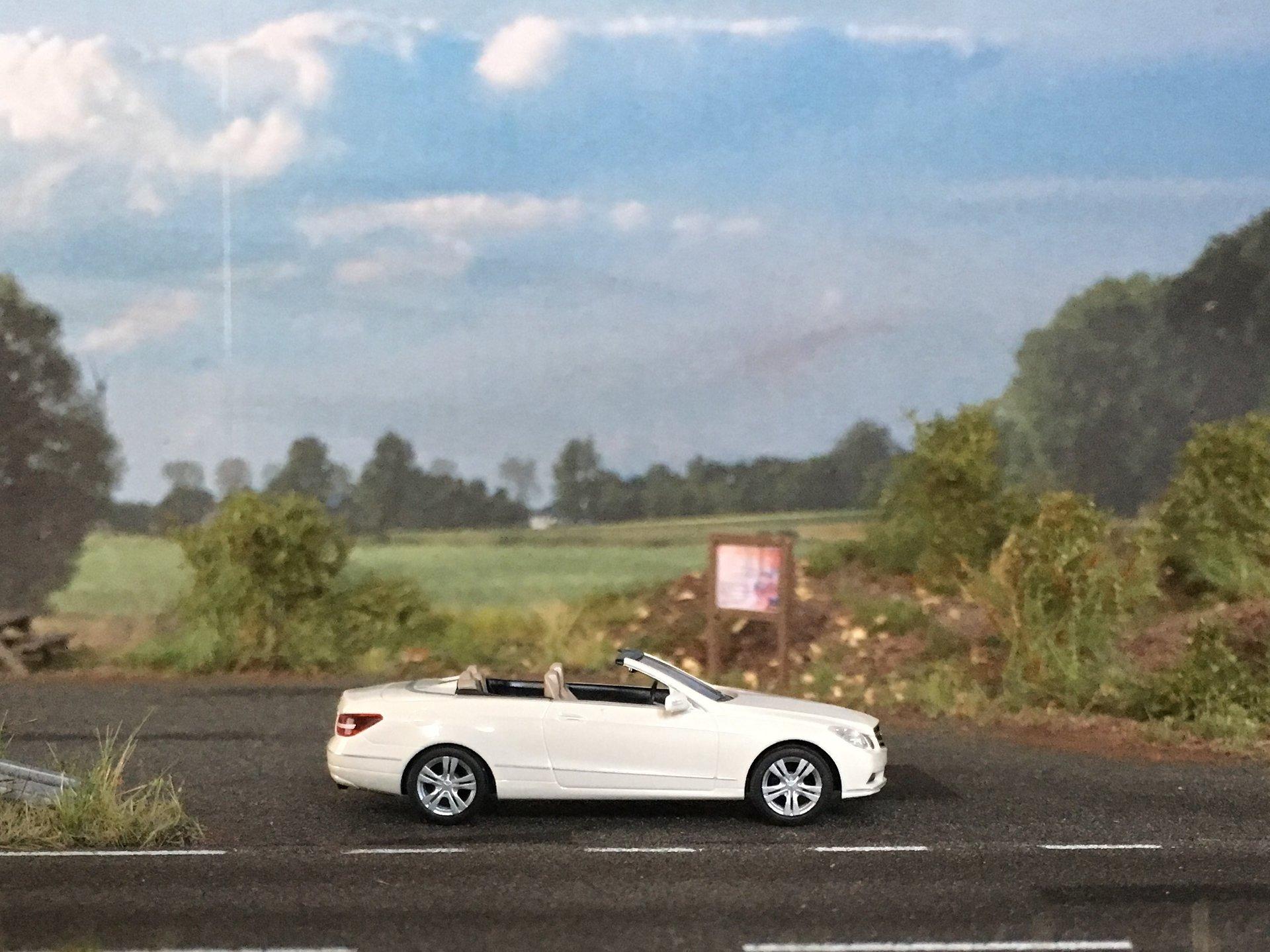 MB W212 E-Class Cabrio 001.jpg