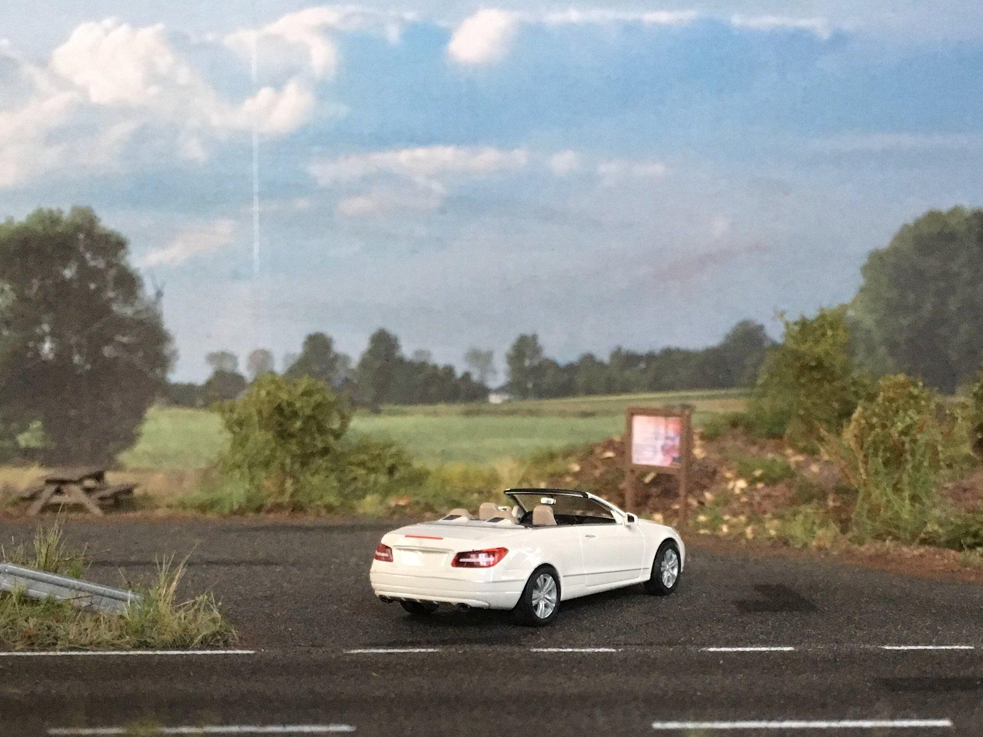 MB W212 E-Class Cabrio 003.jpg