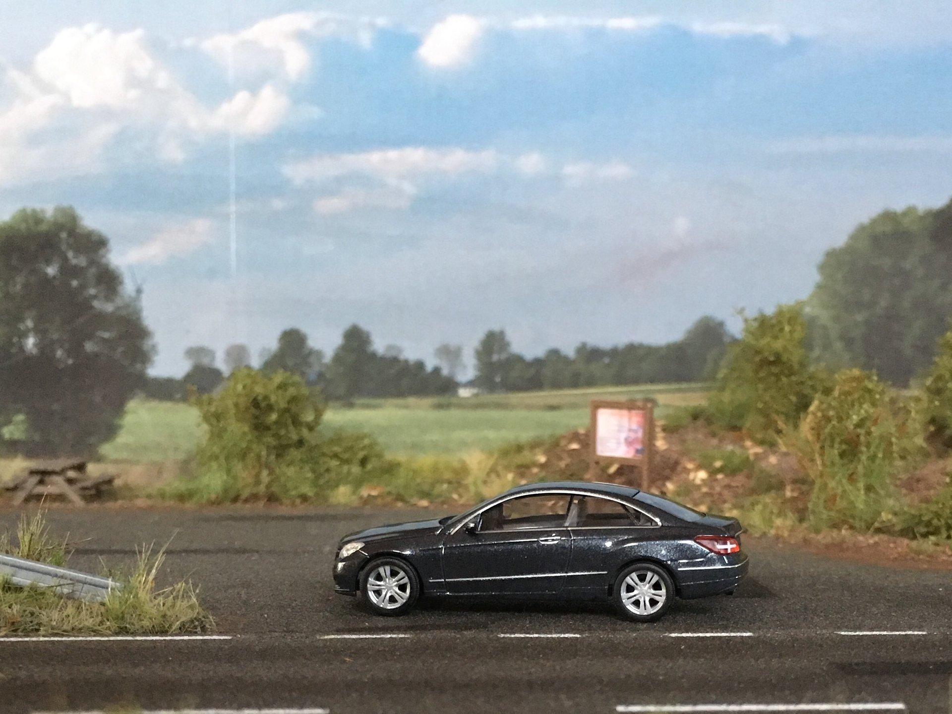 MB W212 E-Class Coupe 001.jpg
