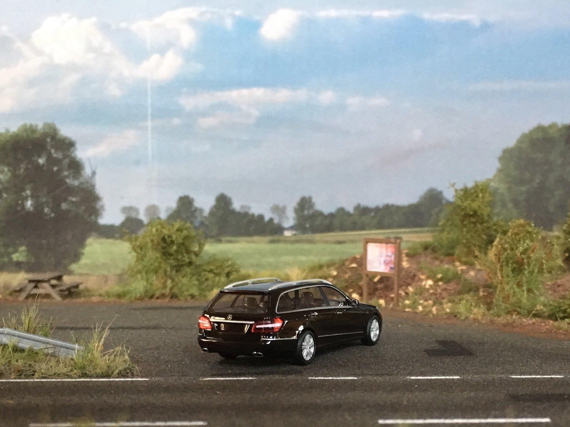 MB W212 E-Class Kombi 003.jpg