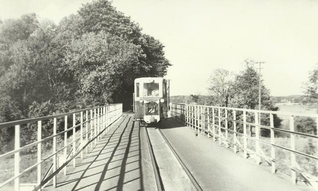 MBxc1-42 na mościeM.jpg