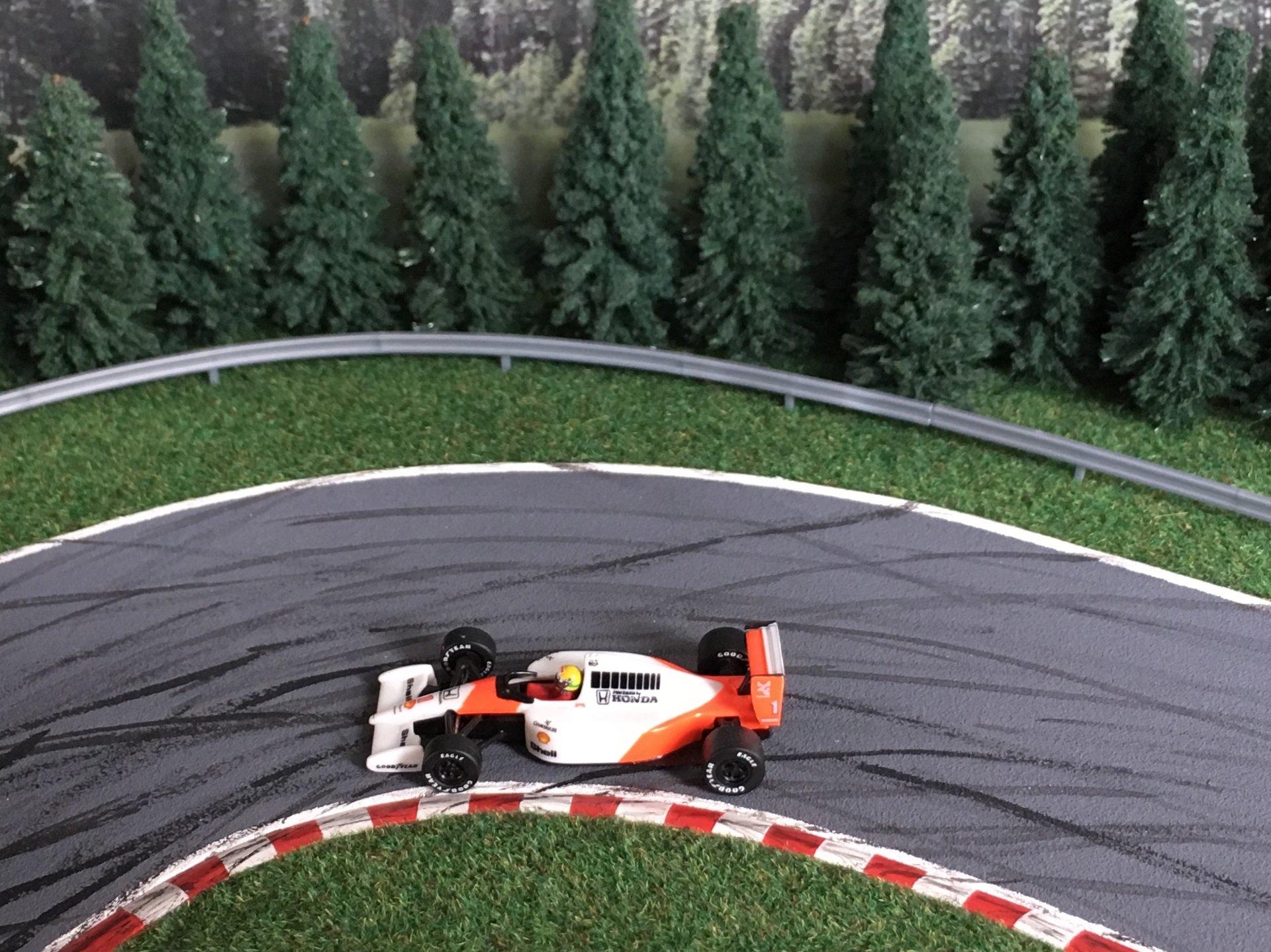 McLaren MP 4-6 Senna 009.jpg