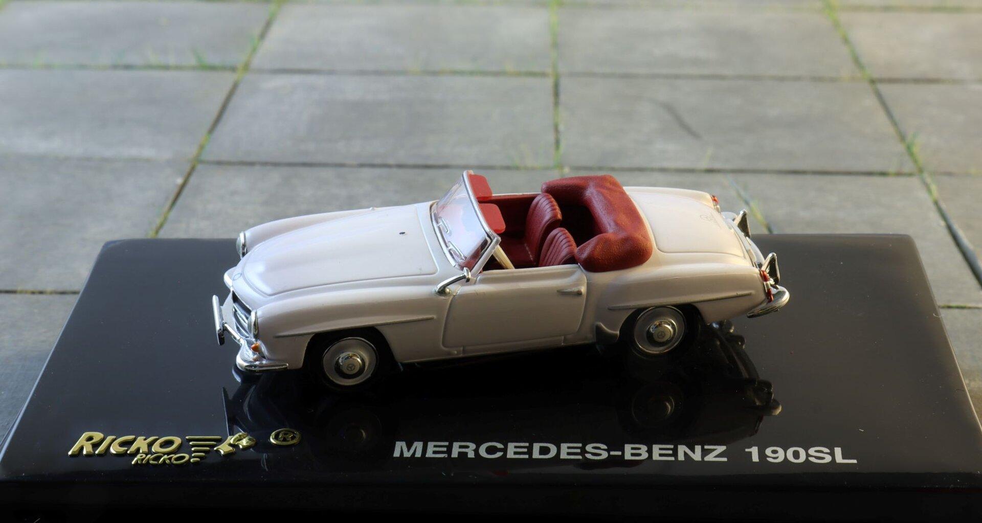 Mercedes 190sl  Ricko .JPG