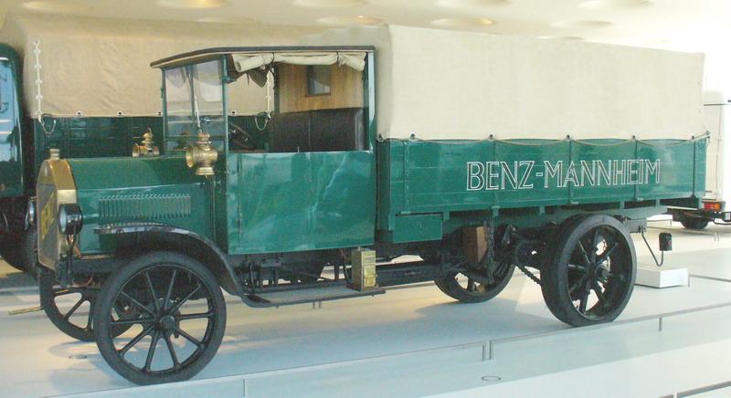 Mercedes-benz-museum-benz-lastwagen1912-3to.jpg
