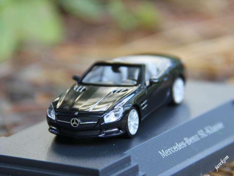 Mercedes-Benz SL.JPG