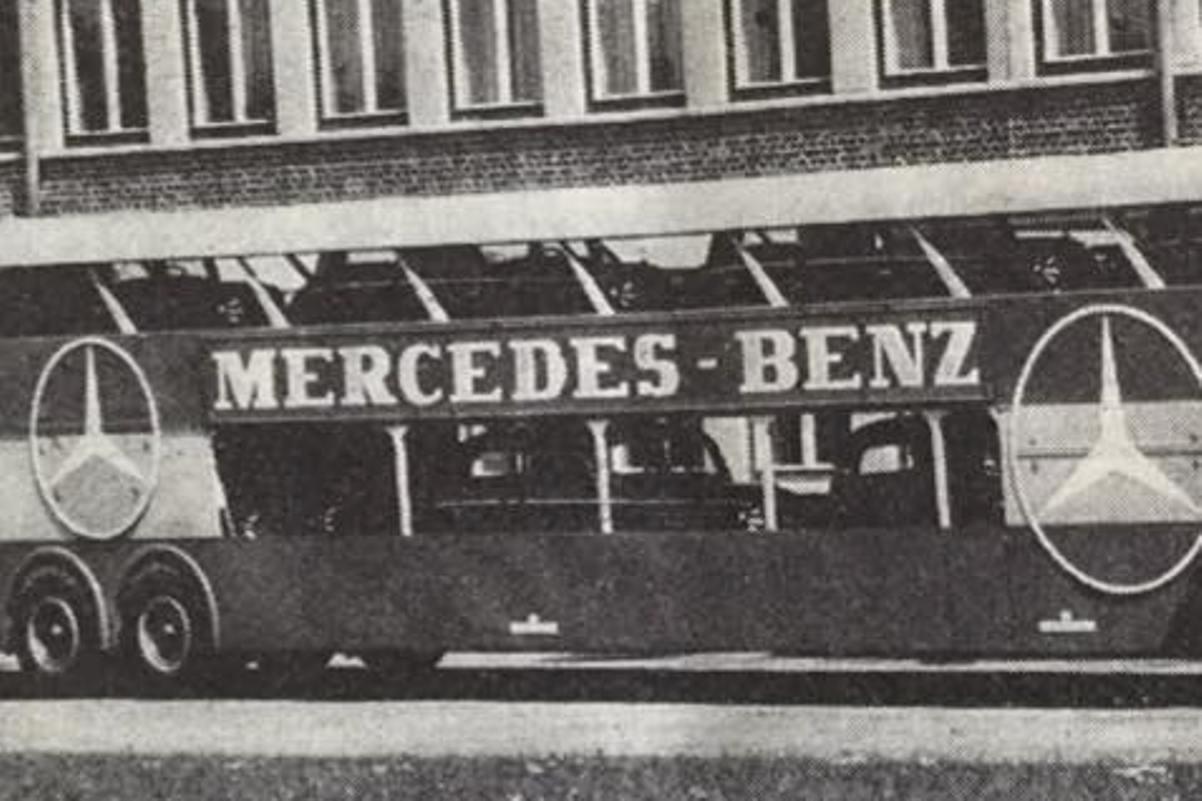 Mercedes bus.jpg