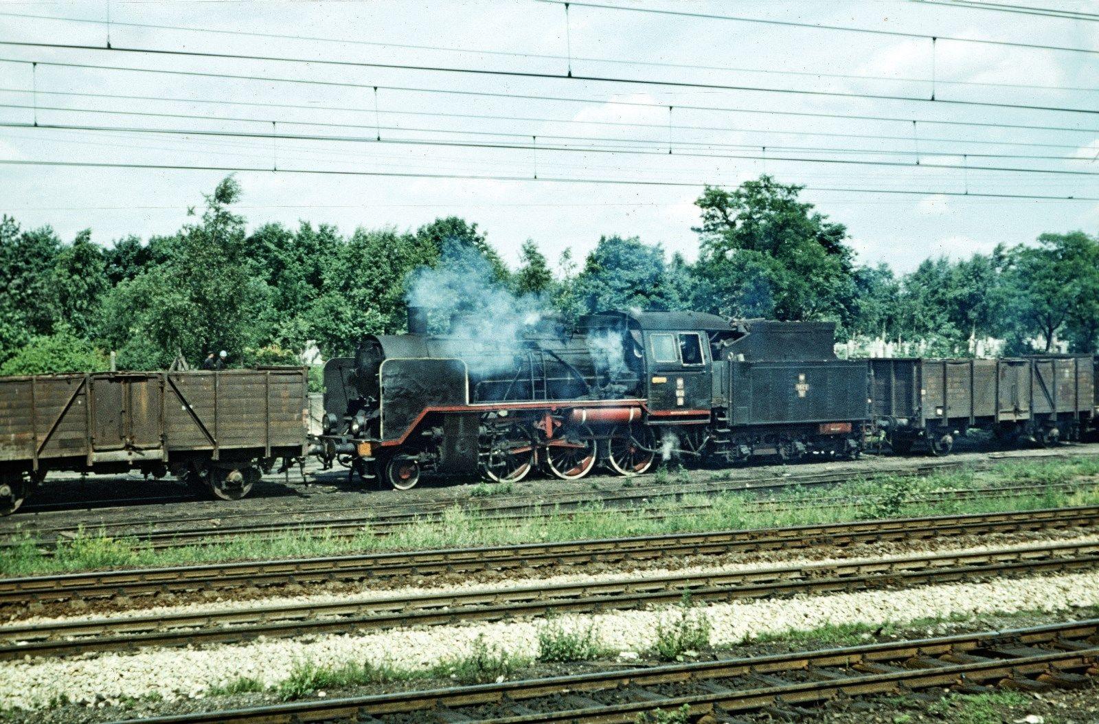 Oi 2-18 (24 008) Bromberg Hbf 18.6.1972.jpg