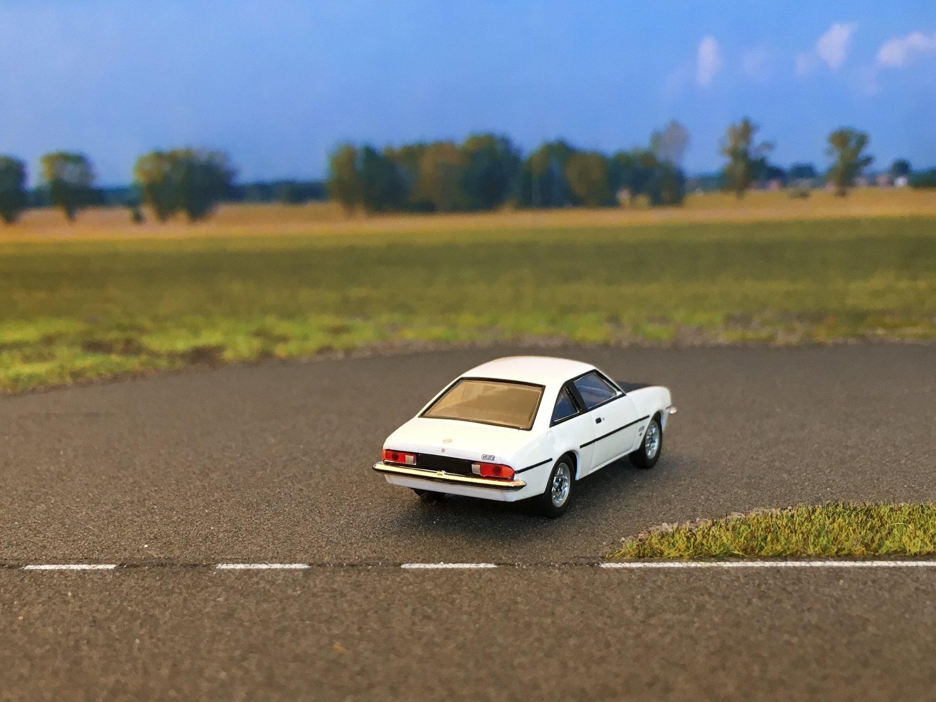 Opel Manta GTE 03.jpg