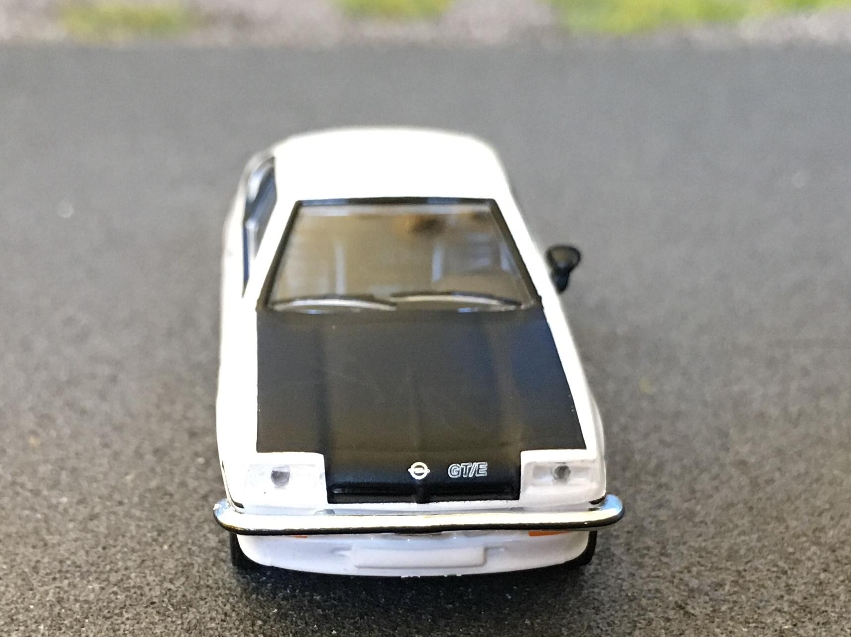 Opel Manta GTE 06.jpg