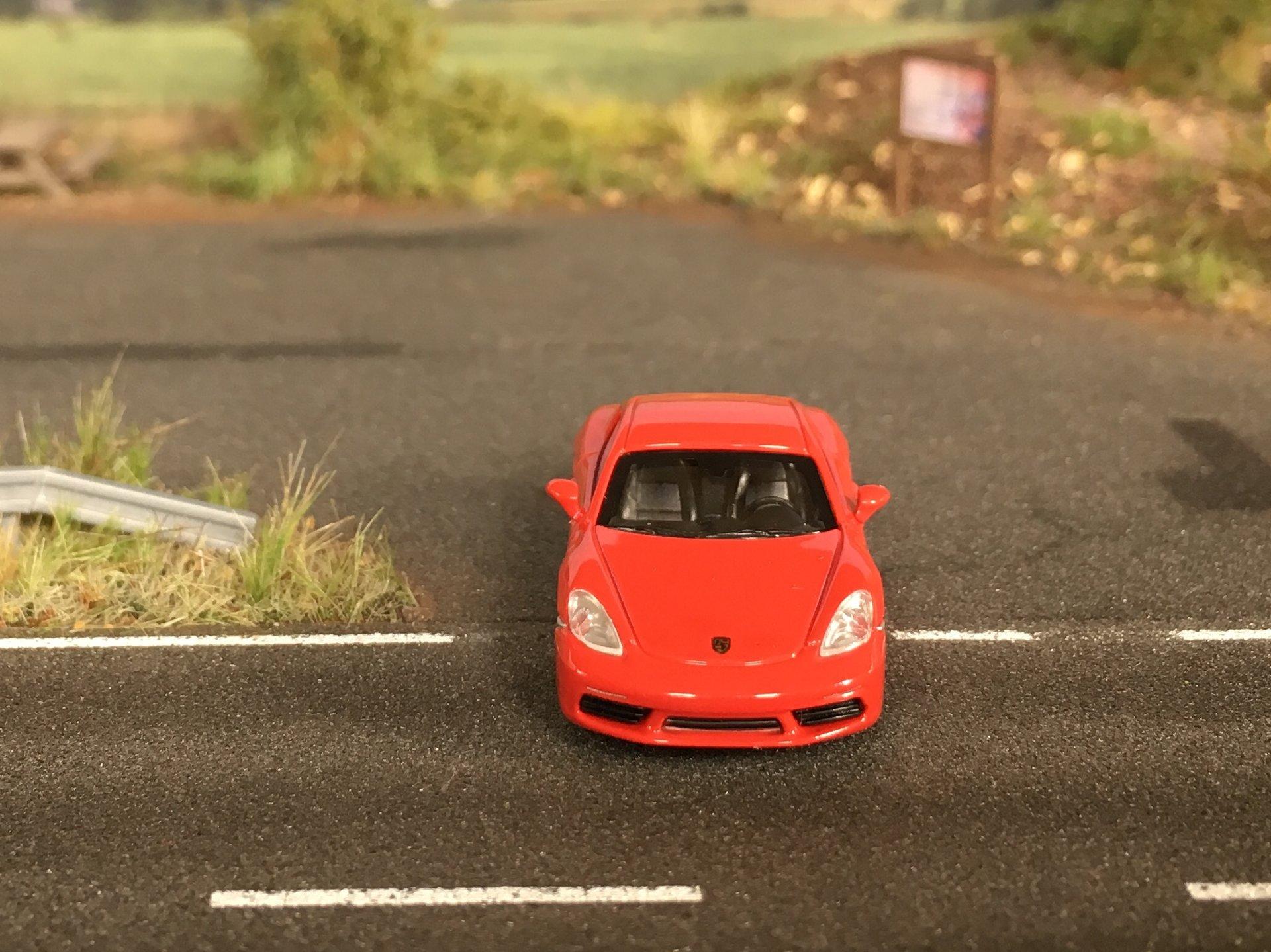Porsche 718 Cayman 04.jpg