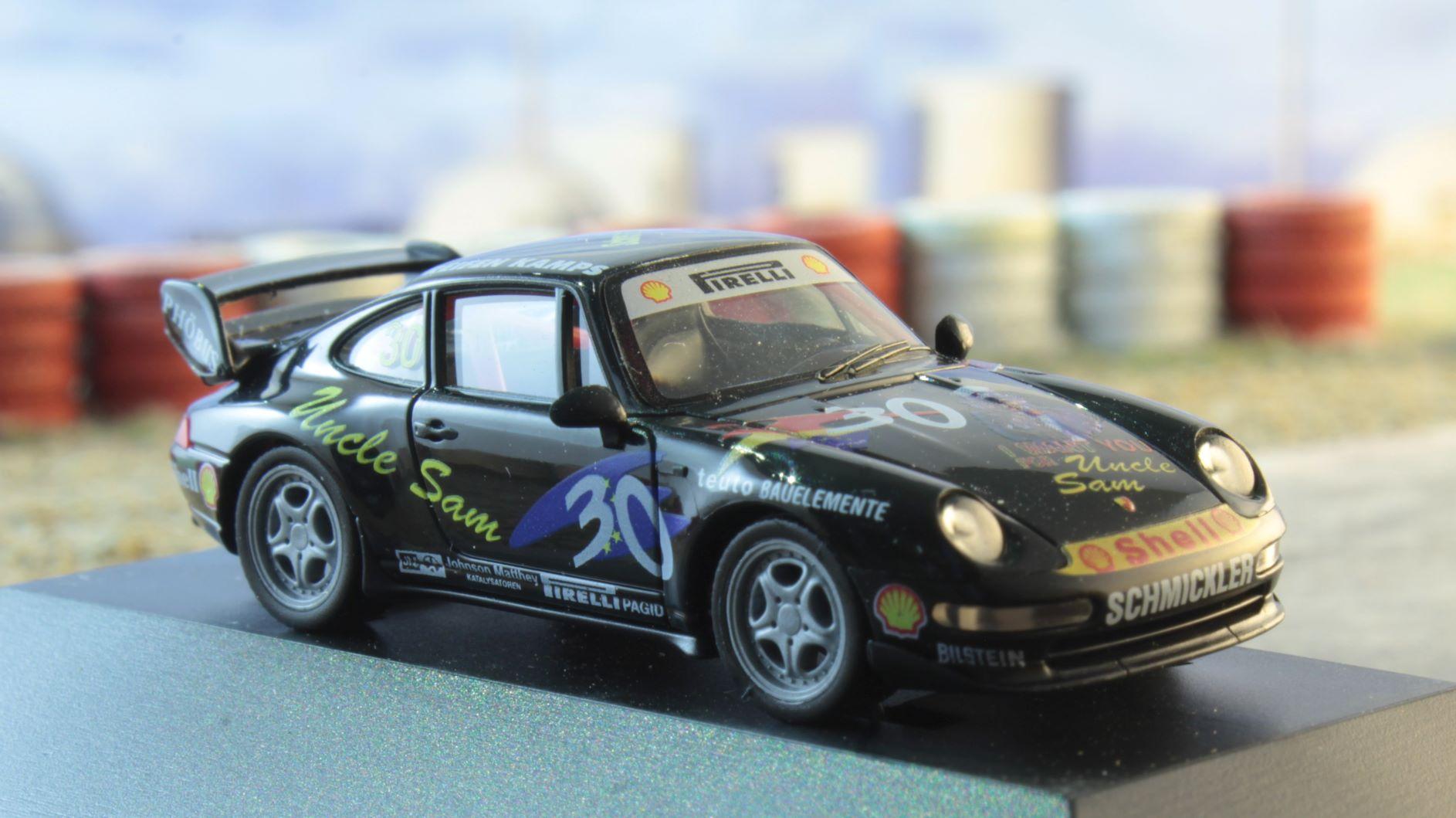 Porsche 911 Frank Schmickler Herpa 4 .JPG