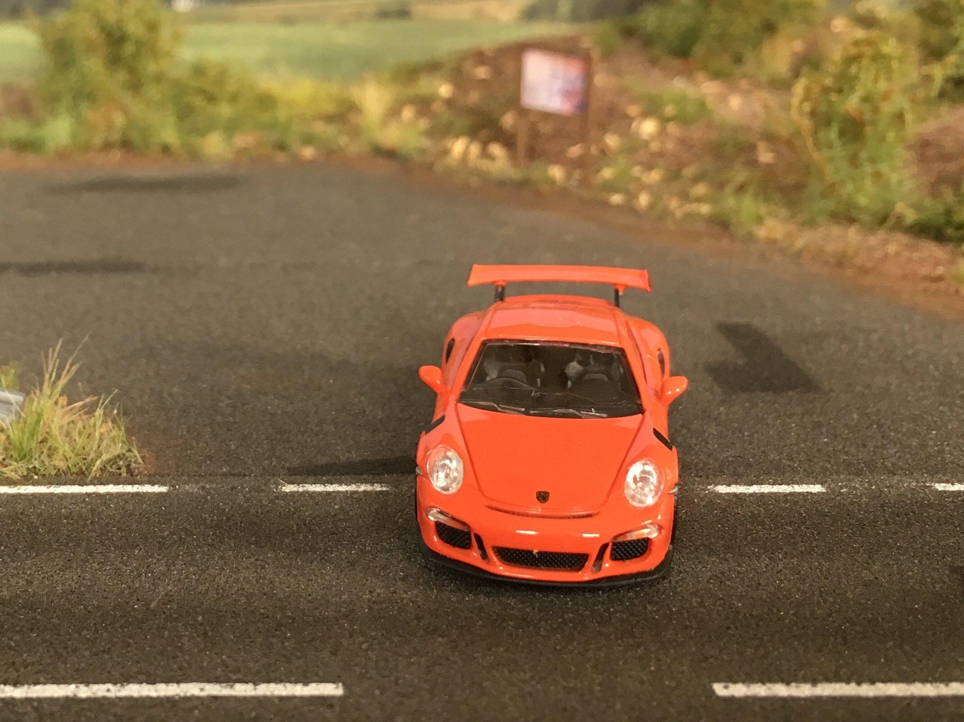 Porsche 911GT3RS 04.jpg