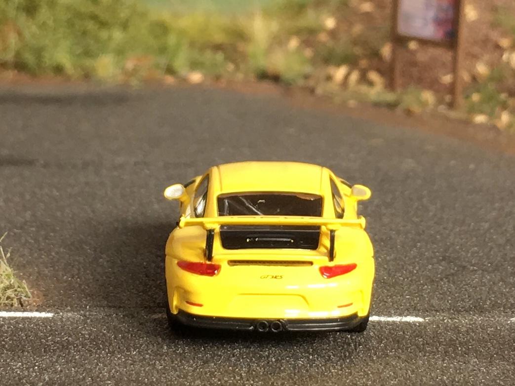 Porsche 911GT3RS napis 05.jpg