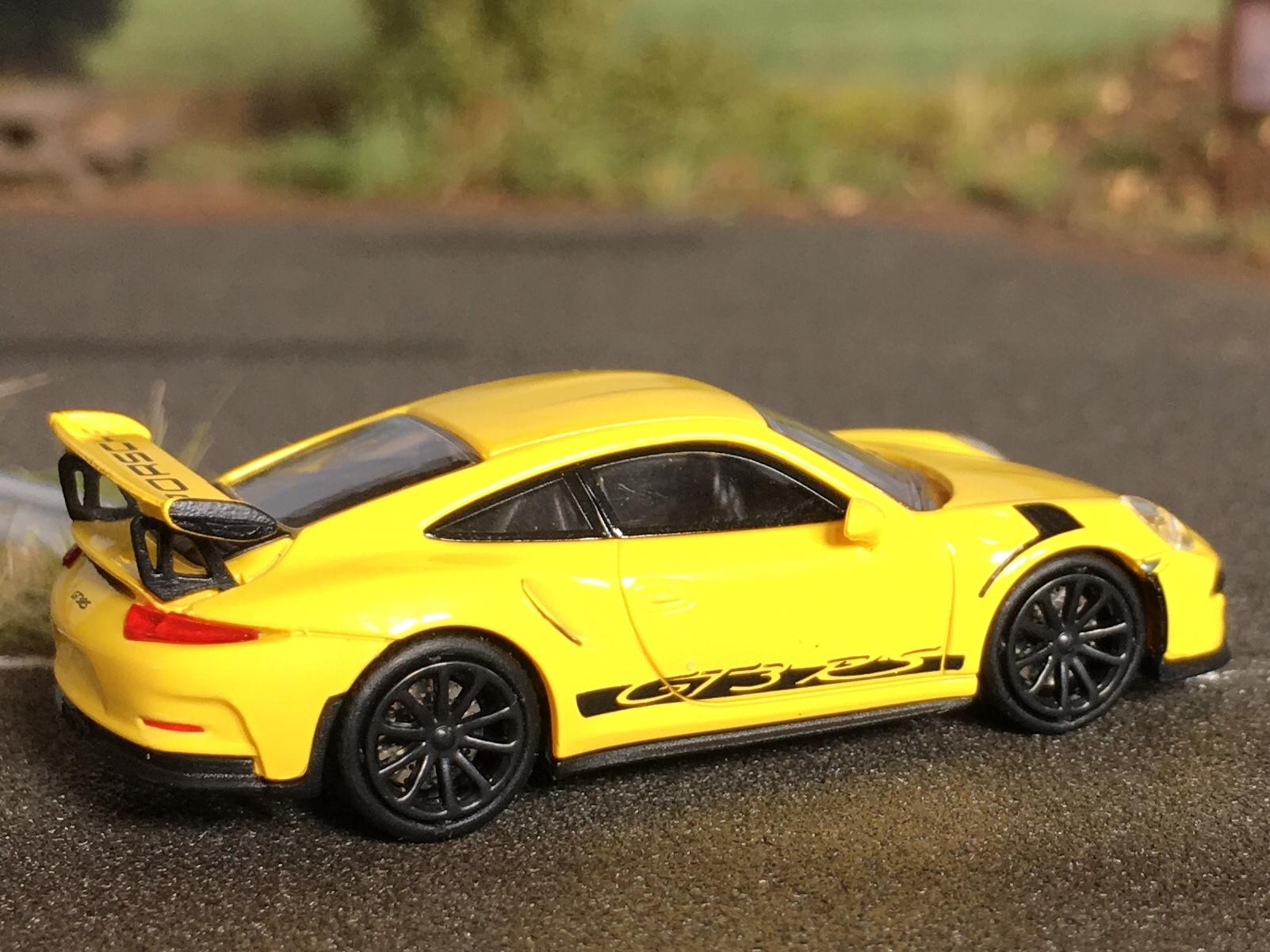 Porsche 911GT3RS napis 07.jpg