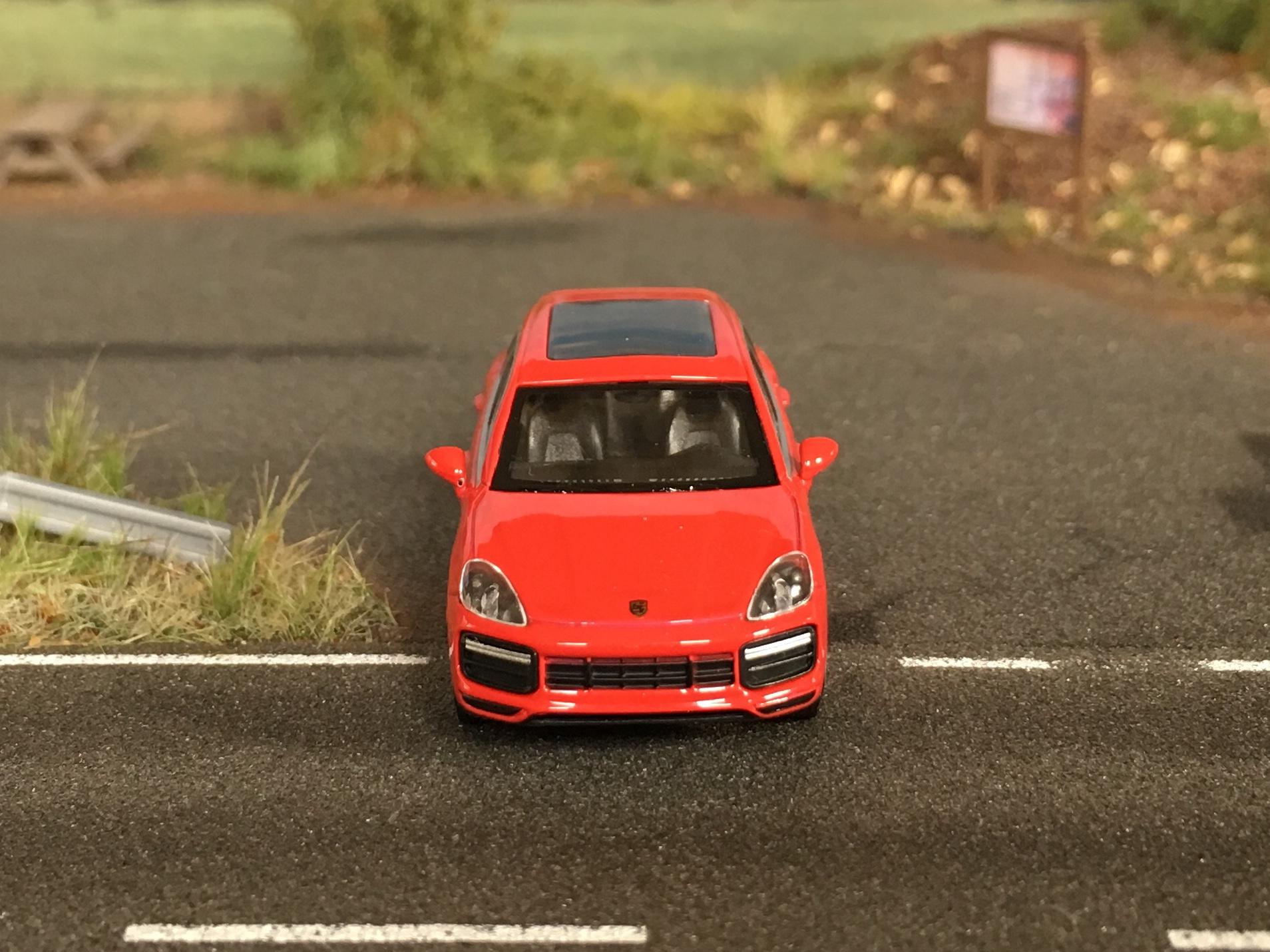 Porsche Cayenne Turbo 04.jpg