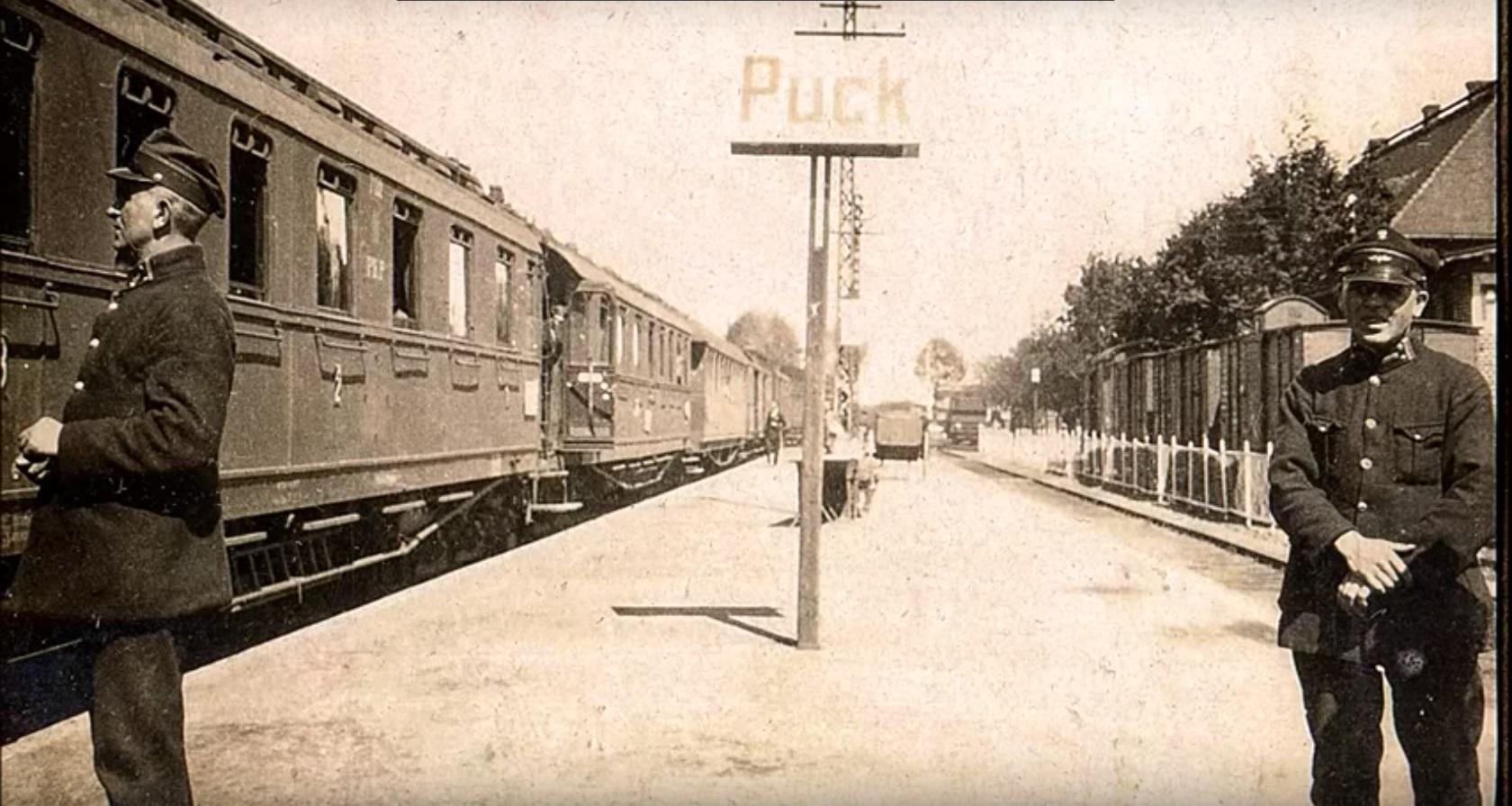 Puck 1929.jpg