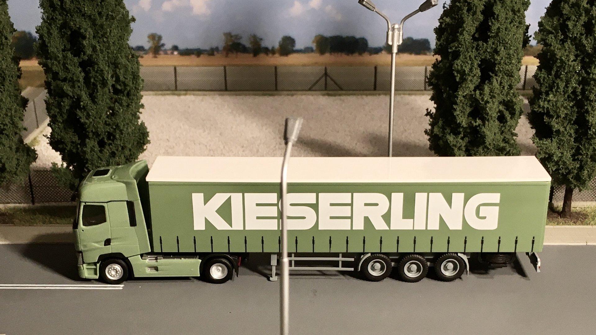 Renault T zielony Kieserling 001.jpg
