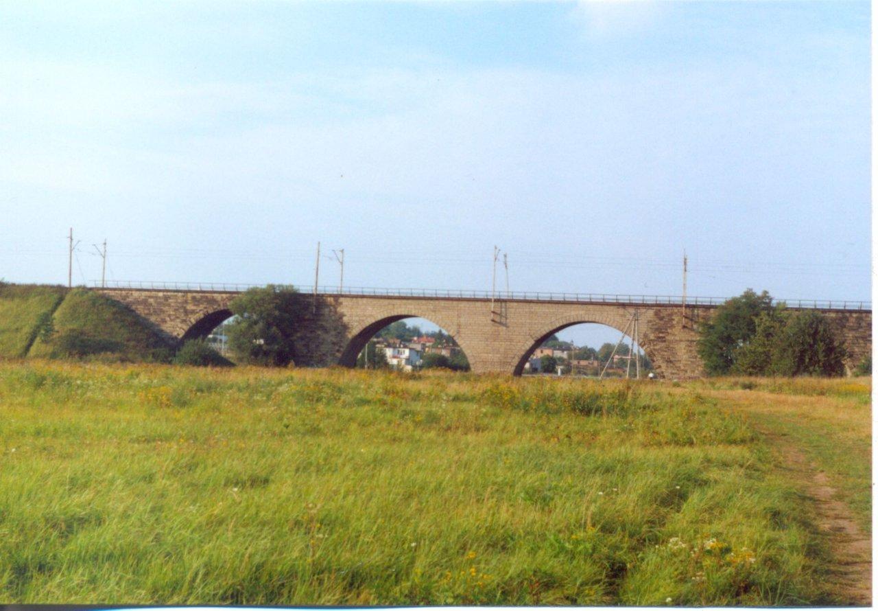Rybnik wiadukt nad Nacyna 8.09.2000.jpg