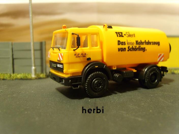 S8304223.jpg