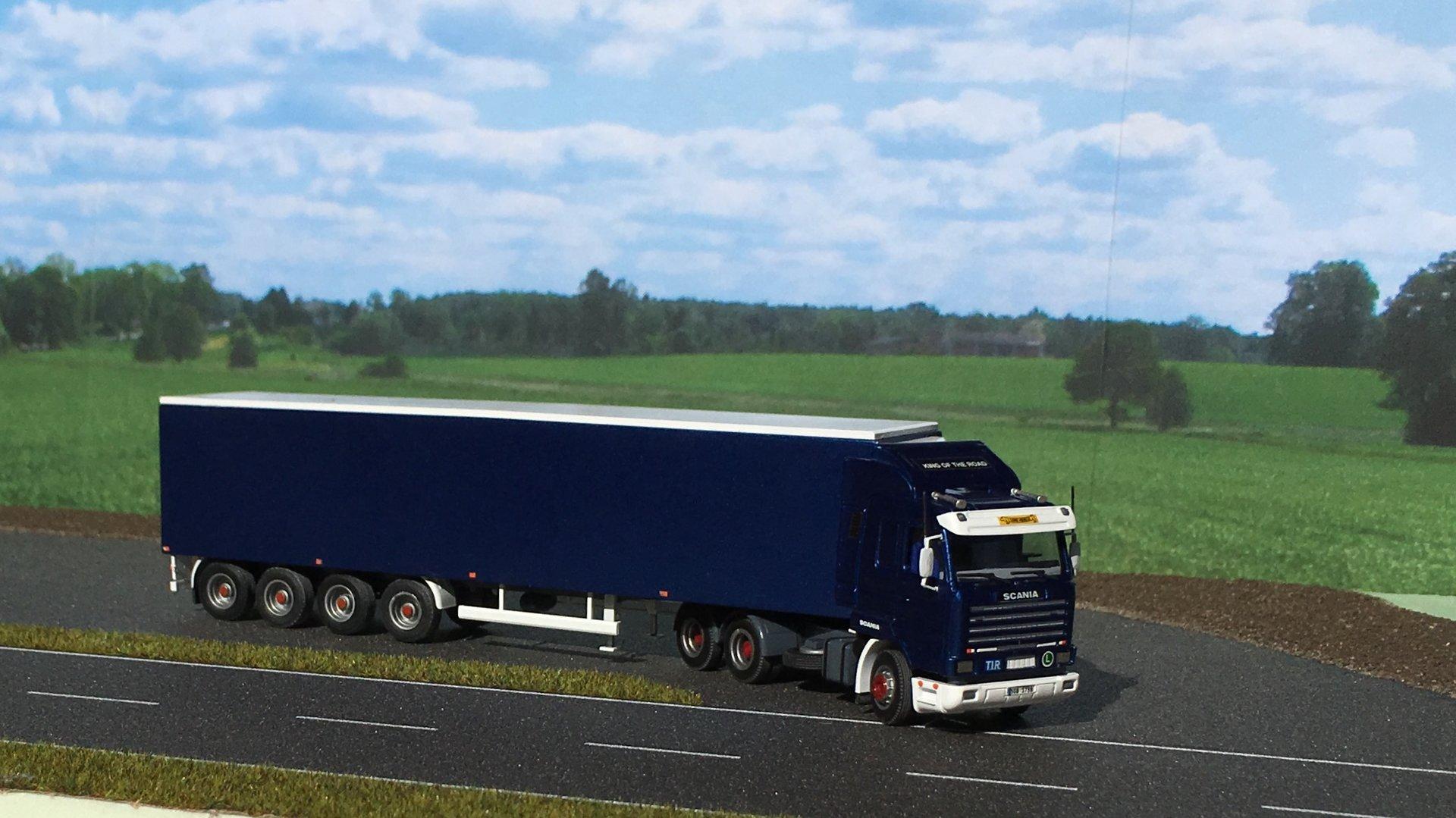 Scania AWM Naczepa 002.JPG