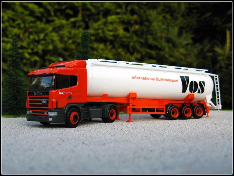 Scania_124L_VOS.JPG