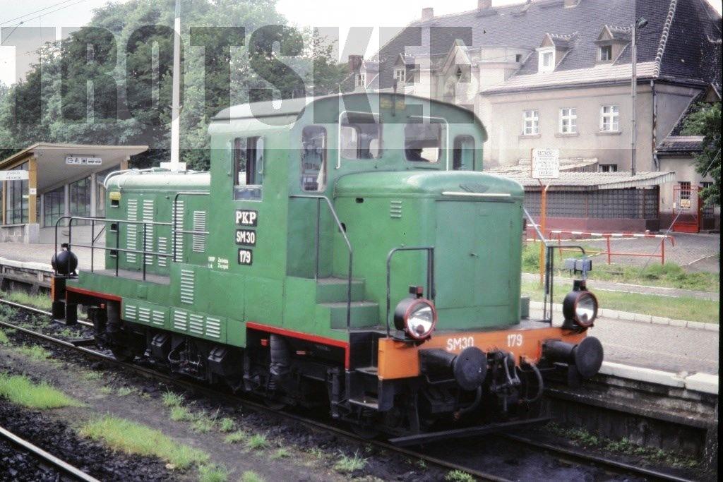 SM30 179 1990.jpg