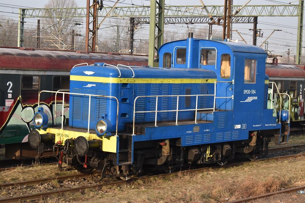 SM30-594 Majkoltrans  Wrocław Główny 05.03.2018.JPG