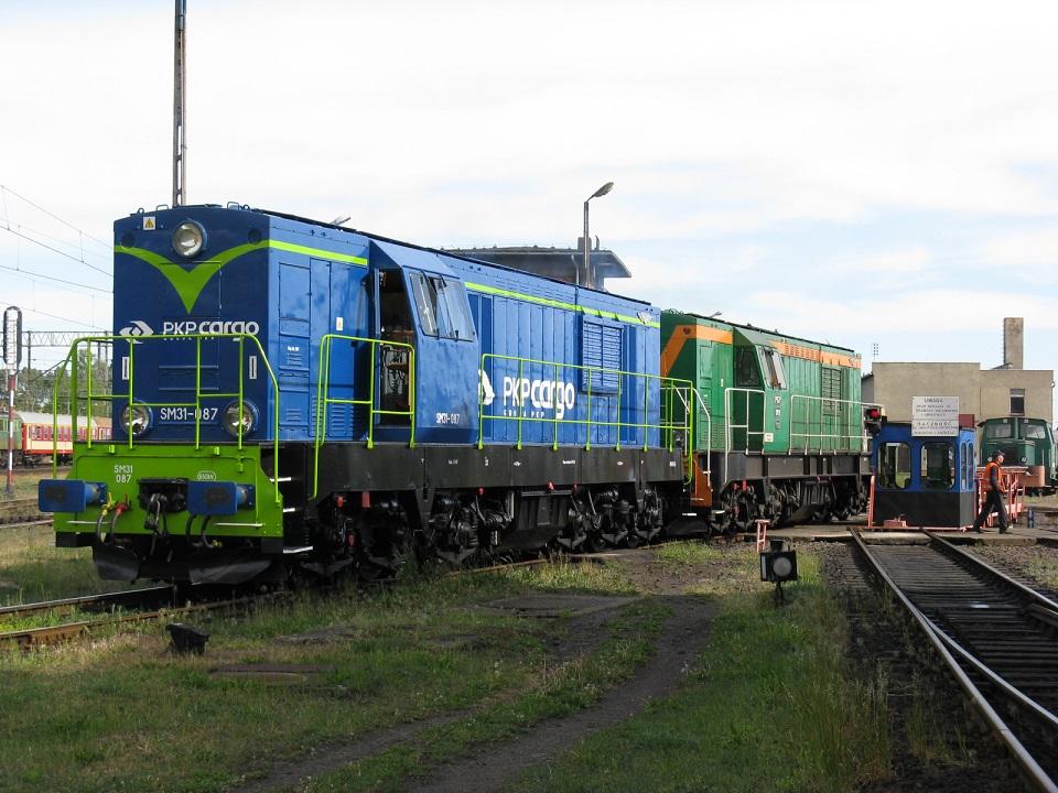 SM31-087+SM31-111 Leszno.jpg