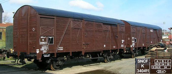 sncf-wagon-couvert-gs4-01-cftlp.jpg