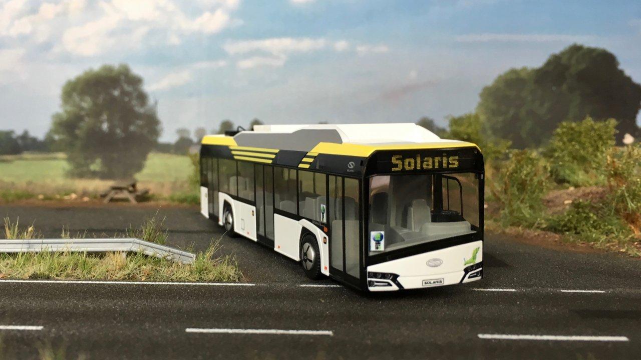 Solaris Urbino electric bia 003.jpg