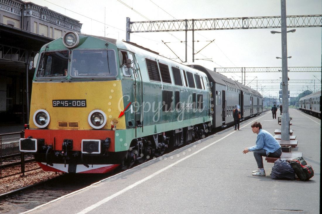 SP45-006 Toruń 3.06.1990.jpg