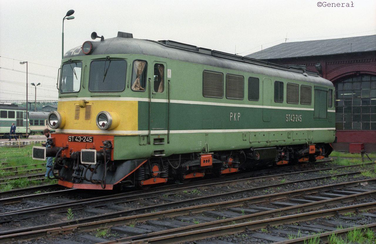 ST43-245 walbrzych 06 97.jpg