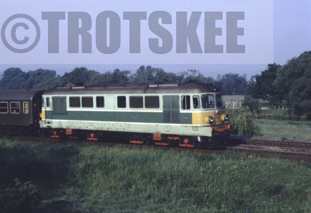 ST43 344 1990.jpg