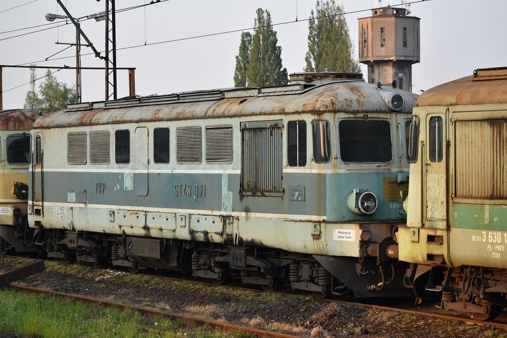ST43-371 Leszno.JPG